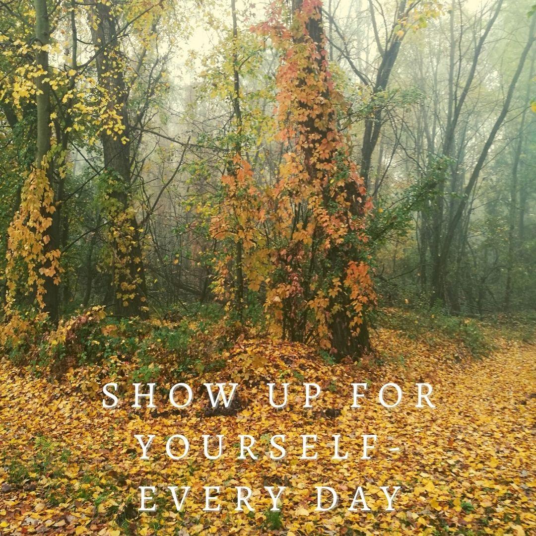 Bild im Herbstwald mit Spruch